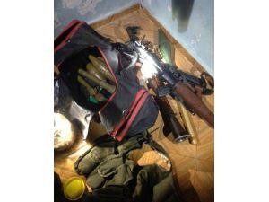 Bağlar'da Çok Sayıda Silah Ve Mühimmat Ele Geçirildi