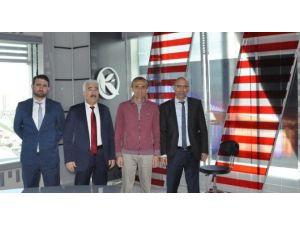 Yağız, Kardelen TV İstanbul Stüdyolarını Ziyaret Etti