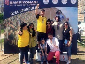 SES-sizsiniz Spor Kulübünden Özel Şampiyonada Dev Başarı