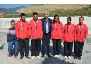 Söke'nin Özel Sporcuları Türkiye Şampiyonası'na Gidiyor