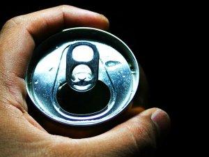 İngiltere şekerli içeceklere ek vergi getiriyor