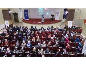 Van'da Kadınlara Konferans