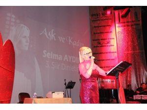 Selma Aydın 3'üncü Şiir Dinletisini Gerçekleştirdi