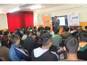 Spor Lisesinde Deprem Konulu Eğitim Semineri Düzenlendi