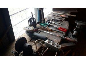 Jandarmadan Kaçak Silah İmalathanesine Baskın