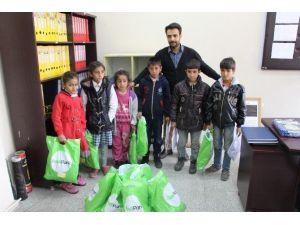 Van YYÜ'den Silopi'deki Öğrencilere Yardım