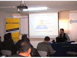 Dicle EDAŞ Personeline İş Sağlığı Ve Güvenliği Eğitimi