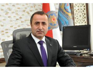 Emniyet Müdürü Tonbul'dan Çanakkale Şehitlerini Anma Mesajı