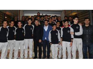 Gündoğanlı Gençler Türkiye Şampiyonasına Gidiyor