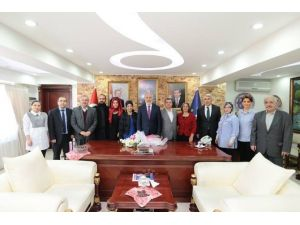 Sanatla Terapi Derneği'nden Başkan'a Ziyaret