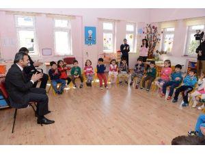 Başkan Külcü, Çocuklara Masal Anlattı