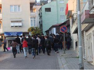 Edebiyatçılarla İktisatçılar Maç Sonu Sokakta Karşılaştı