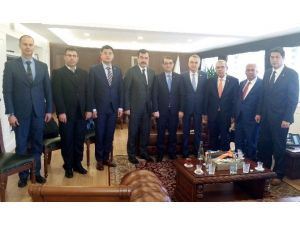 Aydınlı Sanayiciler Enerji Bakanlığı'na Çıkartma Yaptı