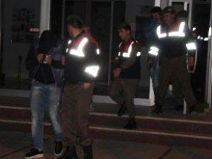 Bandırma'da Liseli Kıza Tecavüz İddiası: 2 Tutuklama