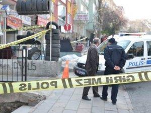 Polis memuru meslektaşını öldürdü