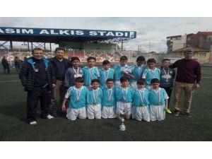 Fatih Ortaokulu Şampiyonluklarına Bir Yenisini Daha Ekledi