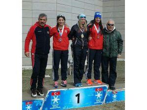 Kayaklı Koşuda Uluslararası Madalyalar Kızlardan