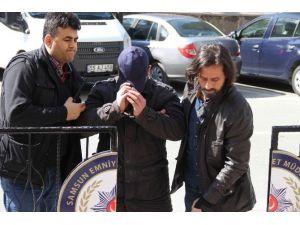 7 Evden Hırsızlıktan Aranan Şahıs Otelde Yakalandı