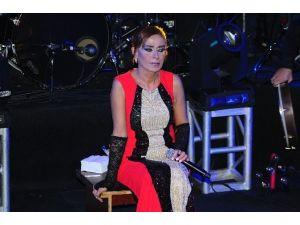 Yıldız Tilbe'li Geceler İzmir'de