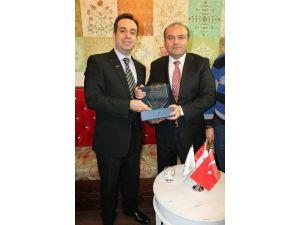 MÜSİAD'dan Ekonomi Bakan Yardımcısı Metin'e Plaket