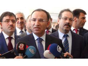 """Bozdağ: """"Sayın Kılıçdaroğlu, Akademisyenlerin İmzaladığı Bildiriye İmza Atar Mı"""""""
