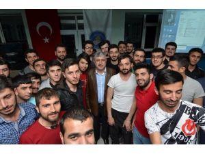 Polat, Öğrencilerle Bir Araya Geldi
