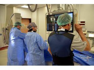 Tıp Fakültesi Hastanesine Yeni Anjiyo Cihazı