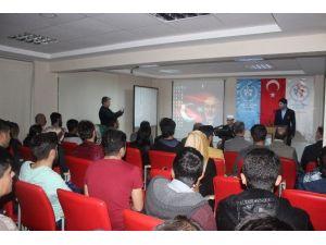 Şanlıurfa'da Mehmet Akif Anıldı