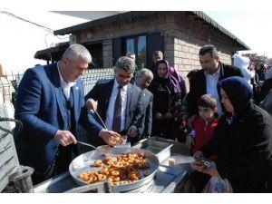 Uşak AK Parti, Şehitler İçin Lokma Döktürdü