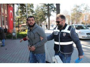 Bolu'da Suç Dosyası Kabarık Hırsız Yakalandı