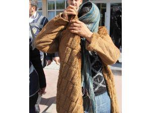 Gelin-kaynana Hırsızlık Suçundan Tutuklandı