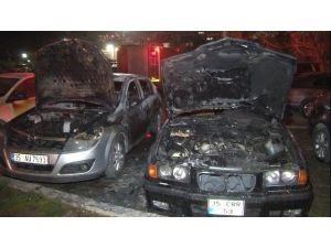 Park Halindeki Üç Araçta Çıkan Yangın Korkuttu