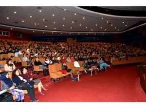 Hastane Stajyer Öğrencilerine Yönelik Eğitim Gerçekleştirdi