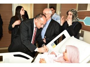 Başkan Üzülmez'den Bebek Ziyareti