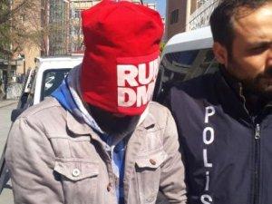 Vatandaşları 'Program' Yalanıyla Kandıran Dolandırıcı Yakalandı