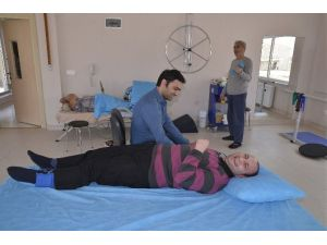 Tepebaşı'nda Özel Gereksinimliler İçin Fizyoterapi Desteği