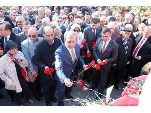 MHP Ankara İl Teşkilatından Güvenpark Şehitlerine Karanfil