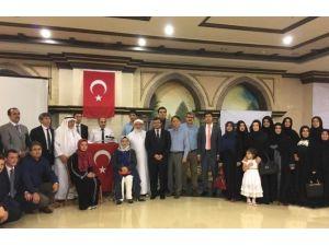 Mekke'de Türk Öğrencilerden Çanakkale Zaferi Ve Şehitler Günü Programı