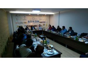 KOSGEB İl Müdürü Ahmet Özbekler ASKON Üyelerine Hibe Bilgilendirmesi Yaptı