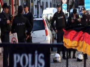 Almanya, İstanbul'daki Vatandaşlarını Uyardı: Dışarı Çıkmayın
