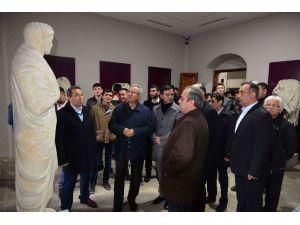 7 Farklı Ülkeden Gelip Amasra Müzesini Gezdiler