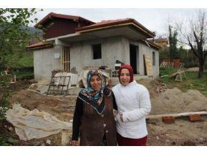 Büyükşehir'in Yardımları Ev Sahibi Yaptı