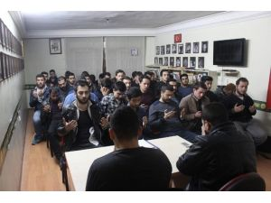 Eskişehir Ülkü Ocakları Çanakkale Şehitlerini Unutmadı