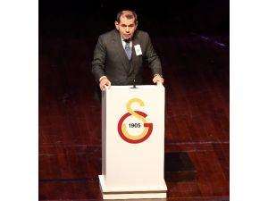 Dursun Özbek, Genel Kurulda Yapılan Eleştirilere Cevap Verdi