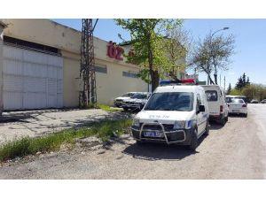 Kadirli'de UN Fabrikasından Hırsızlık