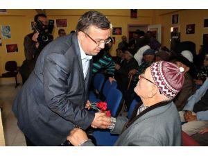 AK Parti İl Başkanı Yurdunuseven Yaşlılar Haftası'nı Kutladı