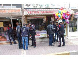Baloncu Kız Polis Ekiplerini Harekete Geçirdi