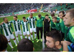 Bursaspor'un Timsah Arena Uğuru Sürüyor
