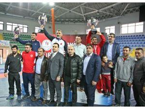 Gençler Güreş Türkiye Şampiyonası Sona Erdi