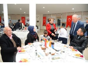 Şehit Aileleri Yemekte Ağırlandı
